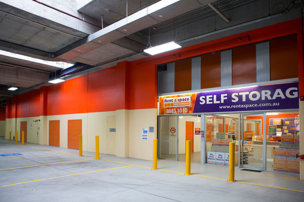 self-storage-rent-a-space-01